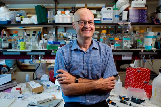 Leonard Guarente, Profesor de Biología en el MIT. Imagen: M. Scott Brauer